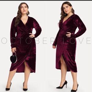 ♥️2 left♥️ Plus size Velvet dress